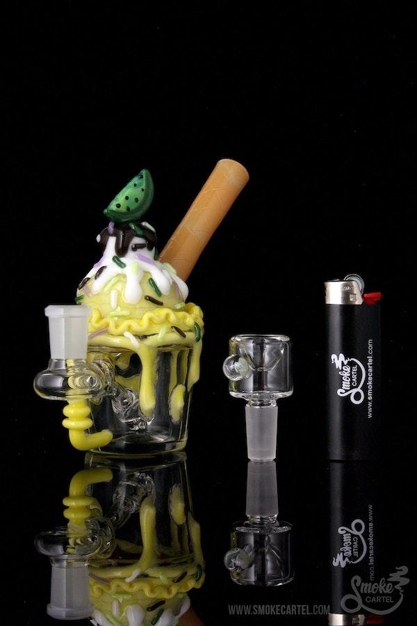 """Empire Glassworks """"Key Lime Cupcake"""" Nano Rig"""