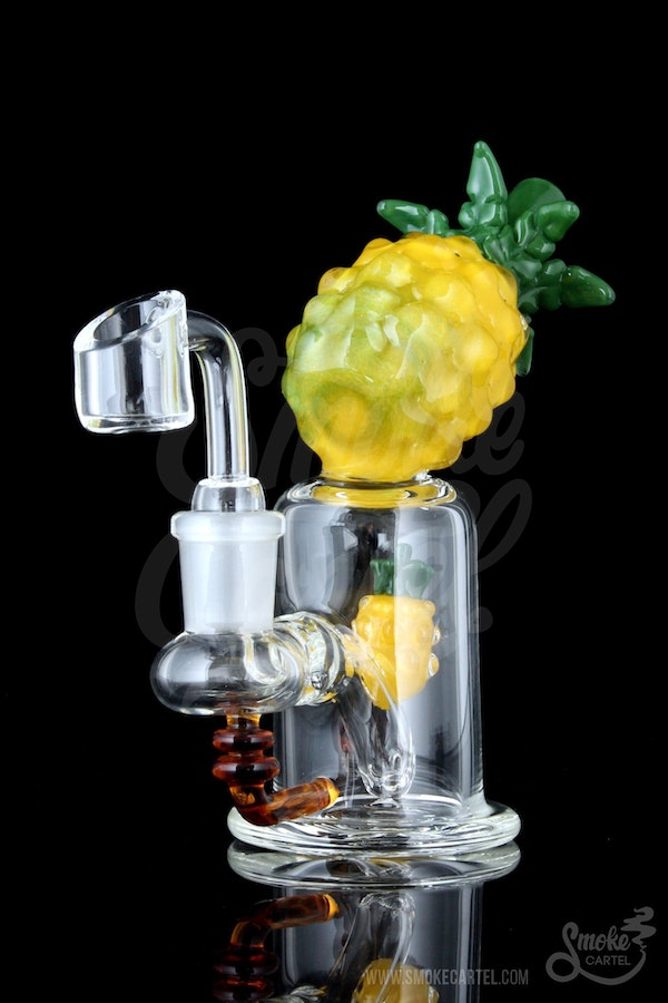 Quot Lil Pi 241 A Quot Pineapple Bong Rig From Smoke Cartel